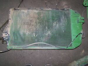 John Deere 2840 Radiator At26474 Also Fits 3130 3030 3135 3120