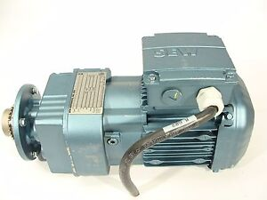 Sew Eurodrive Drs71s4 25hp 1700rpm Gearmotor Rf17drs71s4 Gearbox 16 99 1 Ratio