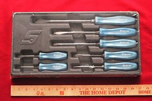 Snap On 7 Piece Pearl Blue Hard Handle Combination Screwdriver New