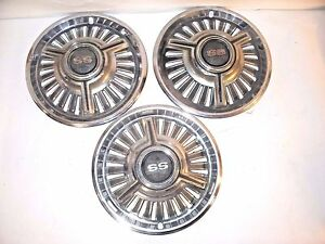 Vintage 1960 s 14 Chevy Ss Wheel Covers Hub Caps Lot Of 3 Good Condition L6