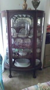 1880 1900 Quartersawn Oak Curved Glass Carved Claw Feet China Cabinet Display