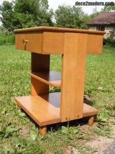 Vintage Colonial Nightstand Mid Century Modern End Table Entry Stand Whitney
