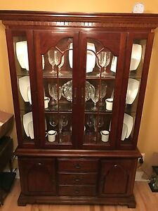 American Drew China Cabinet Cherry Lighted Hutch Latticed Doors Vintage