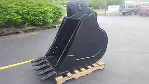 New 36 Heavy Duty Excavator Bucket For A Komatsu Pc220 With Coupler Pins