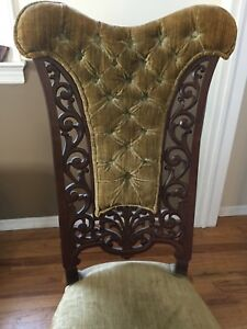 Antique Victorian Low Seat Parlor Chair Medium Wood Excellent Condition