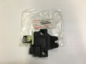 Toyota Oem 6460006041 2014 Avalon Trunk Lid lock 64600 06041