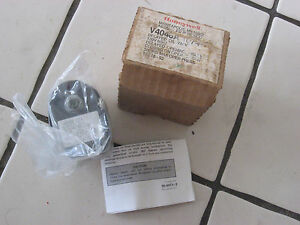 Honeywell V4046a 1074 Delay Oil Valve 3 8 Second Delay Max Pressure 300 Psi Hvac