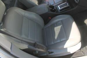 05 06 07 Dodge Magnum Sxt Right Front Passenger Seat Cldb Gray Leather Manual