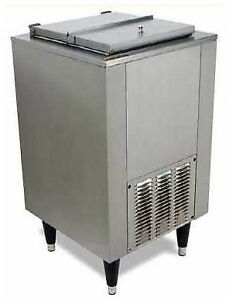 Silver King Free standing Ice Cream Freezer Model Skfs c1