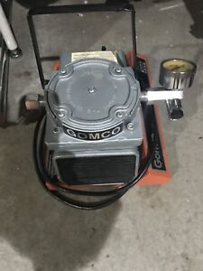 Gomco 300 Portable Medical Suction Vacuum Pump Works Great