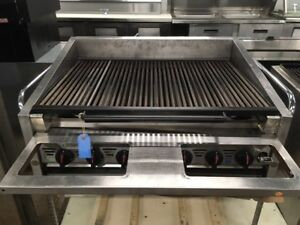 36 Commercial Stainless Steel Charbroiler Natural Gas 7 Zones Works Great