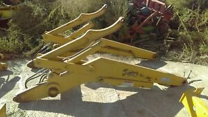 Case 580 Super L Loader Arm And Mounting Parts 141324a1