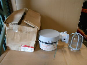 Nib Crouse Hinds Vmvs2tw150gp 120 Lx 150 Watt 120v Explosion Proof Light Fixture