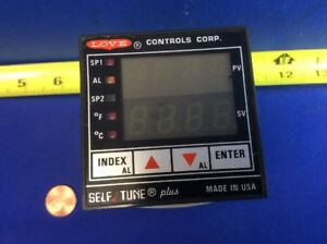 Love Controls Self Tune Plus 16120 Process Temperature Controller