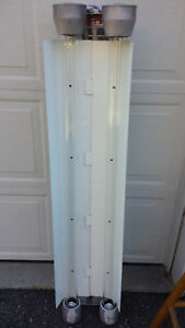 Crouse hinds Evf2208 Explosion Proof Dual 48 Fluorescent Light New Never Used