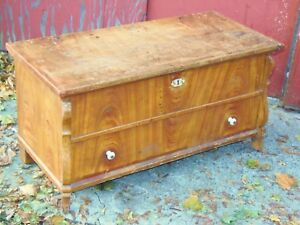 Primitive Wood Chest Small Decorated Grain Painted Blanket Chest