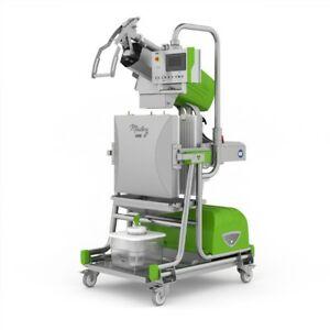 Zumex Mastery Commercial Cold Press Juicer
