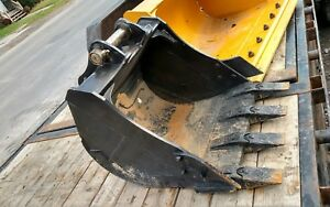 Heavy Duty 24 Kubota Digging Bucket L39 L45 Tractor Backhoe Quick Attach