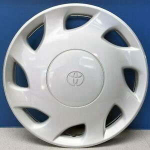 One 1998 2000 Toyota Sienna 61099 15 Oem Wheel Cover Hubcap 42621 Ae010 New