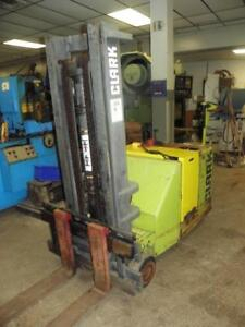Clark 3000 Lbs Model St30b Walk Behind Stacker Fork Lift Truck With Ss