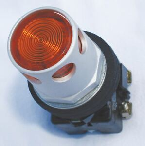 Eaton 30mm Led 1no 1nc Illuminated Push Button With Maintained Momentary