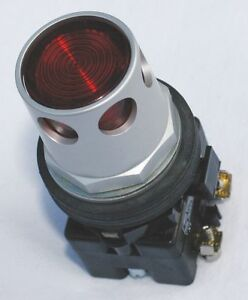 Eaton 30mm Led 2no 2nc Illuminated Push Button With Maintained Momentary