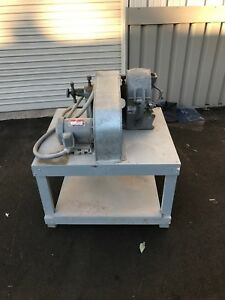 Bico Pulverizer Ua53 W 2hp Motor And Table Gold Ore Crusher Processing