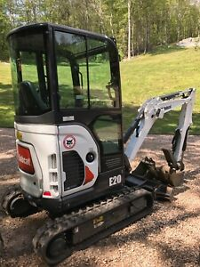 Bobcat E 20 Mini Excavator 706 8 Hours With 2 Buckets