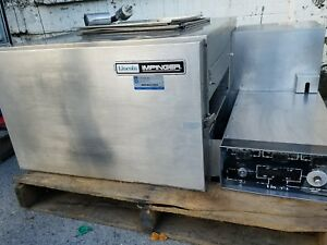 Lincoln Pizza Oven With Conveyor Electric 208 Volt 3 Phase Model 1132 Good Used