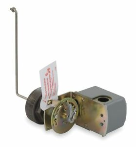 Square D Tank Liquid Level Switch Close On Rise Stainless Steel 2 1 2 Mnpt