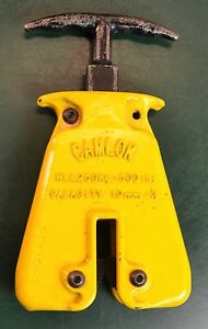 Cm Camlok Hgc Plate Clamp With Grip 500 Lbs 0 3 8 jaw