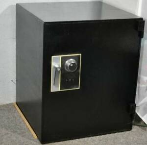 Jewelry Safe Diebold Security Safe W Electronic Dial delivery Available