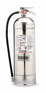 Kidde Water Fire Extinguisher With 2 5 Gal Capacity And 55 Sec Discharge Time