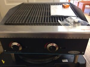 24 Char Broiler Radiant 2 Grill Commercial Restaurant Heavy Duty Nat Lp Gas New