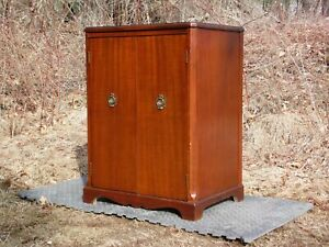 Vintage Mahogany Federal Style Media Unit Storage Cabinet Petite Server Chest