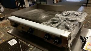 Reduced Gas Griddle With 2 Burners Rankin Deluxe brand New Must Go