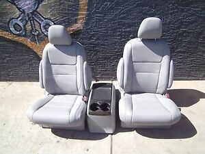 New Unused 2 Bucket Seats Gray Leather With Console Truck Hotrod Classic Car Van