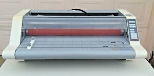 Gbc Ultima 65 Roll Laminator in Good Working Condition