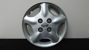 1 Nissan Altima 15 Wheel Cover Hub Cap Silver Finish 40315 1z000