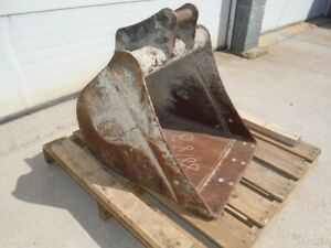 Used Geith 24 Smooth Ditching Trenching Bucket For Excavator Backhoe