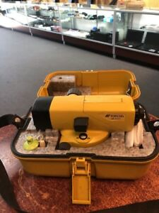 Used Topcon At b4 Autolevel Automatic Auto Level Surveying W Carrying Case
