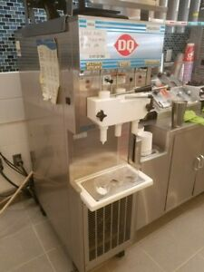 Hc Duke Son Electro Freeze Dairy Queen 957r 132 Soft Serve Machine