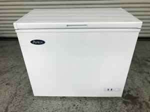 New 38 Chest Freezer Flip Top 7 Cu Ft Atosa Mwf9007 Floor Model 7945 Nsf Etl