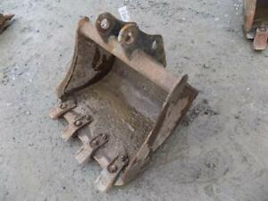 Bobcat 20 Excavator Bucket W teeth Came Off A 323 Will Fit Others S 116560