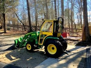 John Deere 3520 Tractor Slightly Used With 17 Hours Always Garaged