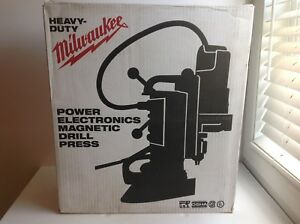 Milwaukee 4209 1 Magnetic Drill Press
