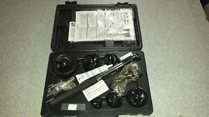 Klein Tools 53732 sen Knockout Punch Set W Wrench 1 2 2 Capacity Ships Free