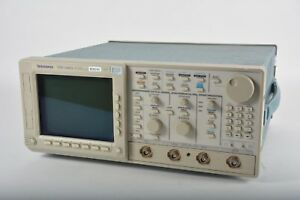 As Is Tektronix Tds 540a 500mhz 1gs s 4 channel Digital Oscilloscope