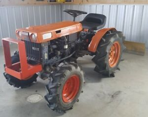 Kubota 4wd Tractor B6000 Diesel 2 Cylinder W Bush Hog Blade 3 Point Hitch Nice