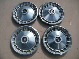 Oldsmobile Delux Hub Caps 1965 Cutlass 442 F 85 65 Olds 98 88